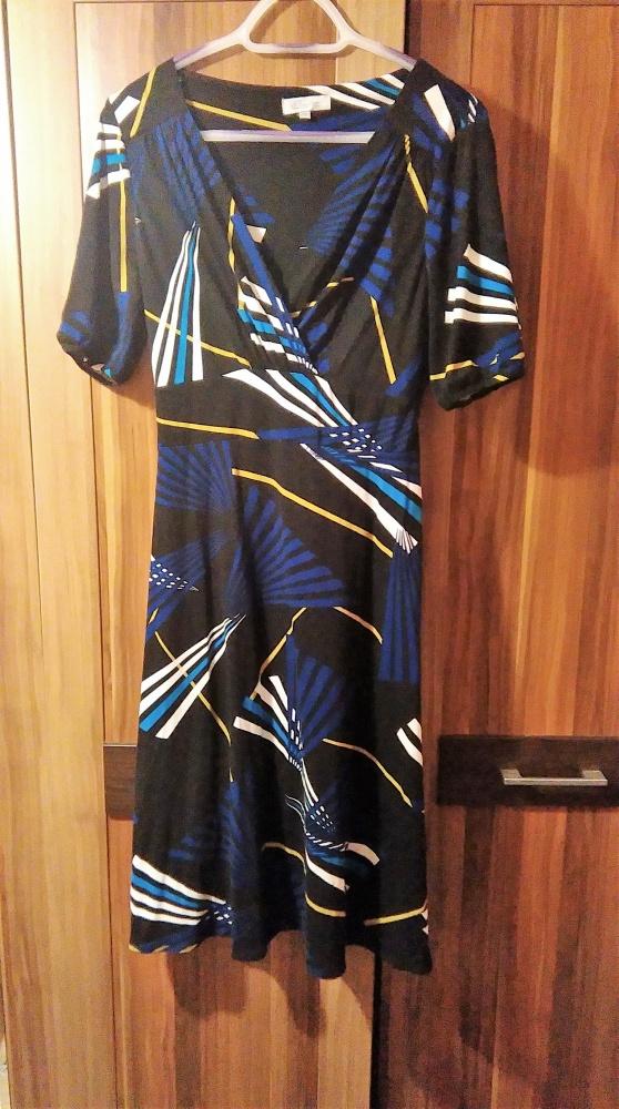 sukienka wzory geometryczne 16...