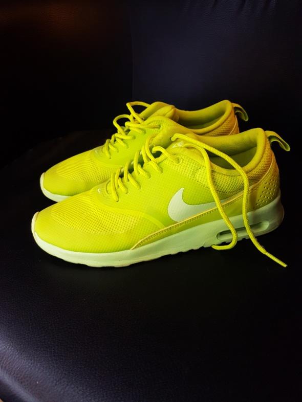 Nike Thea limonkowe...
