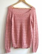 Sweterek ażurowy różowy dłuższy tył...