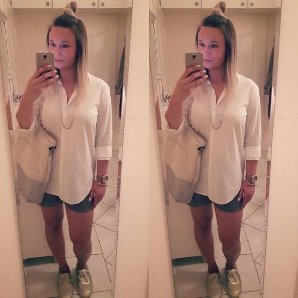 Codzienne Biała koszula