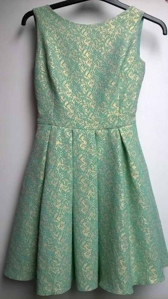 9d12bc1ba2 Suknie i sukienki Miętowo pozłacana sukienka rozkloszowana w rozmiar