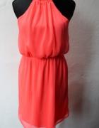 Zwiewana sukienka gołe plecy r XSS...