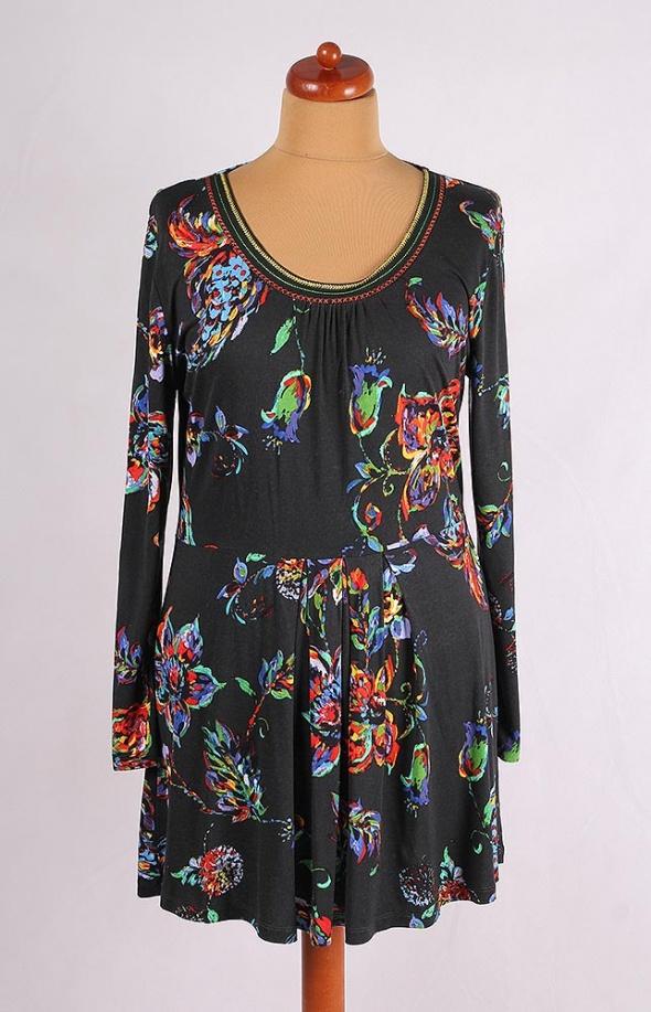 c3e75c3ea5 Suknie i sukienki GRAFITOWA SUKIENKA MIDI Z KWIATAMI DŁUGI RĘKAW 46 48