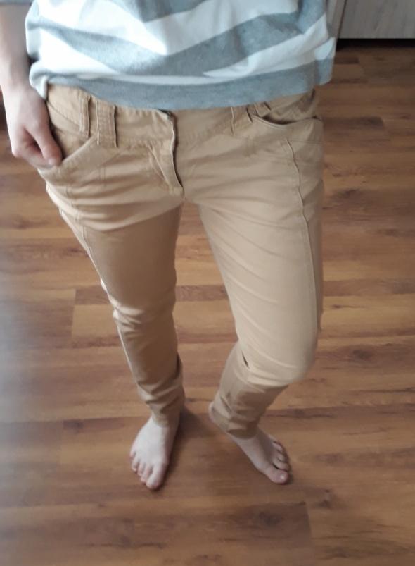 Spodnie musztardowe spodnie rozm m