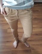 musztardowe spodnie rozm m