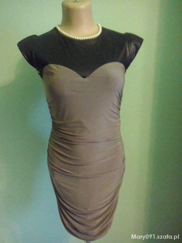 Niespotykana sukienka