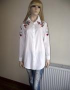 Nowa bawełniana biała koszula damska z modnym kwiatowym haftem ...