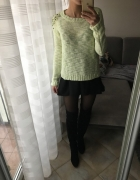 Sweter sweterek Bershka z ćwiekami S 36 cena do negocjacji...