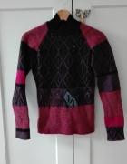 Wełniany sweter w odcieniach fioletu...