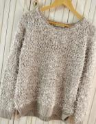 Włochaty ekskluzywny sweterek fluffy nowy z metką