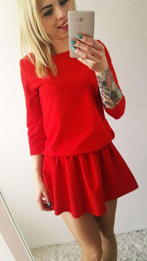 Codzienne sukienka dresowa czerwona