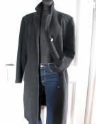Długi czarny płaszcz r M