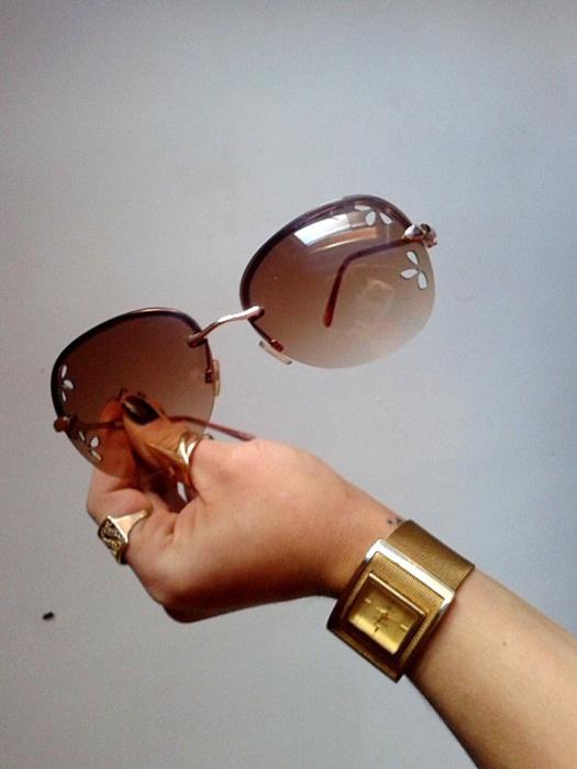 okulary przeciwsłoneczne brązowe muchy pilotki