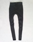 FF czarne spodnie rurki wysoki stan 36 S