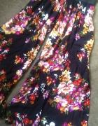 spodnie kuloty w kwiaty