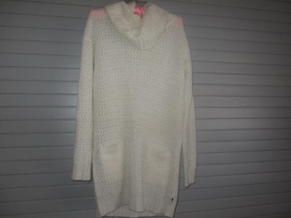 Swetry cudny dłuzszy reserved l
