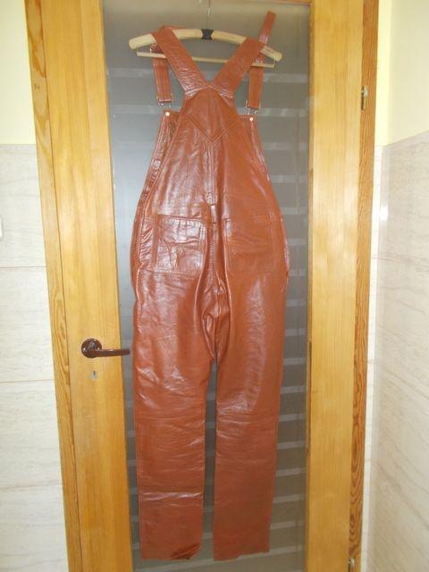 Kombinezony Spodnie skórzane z szelkami