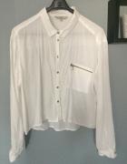 Biala krotsza koszula