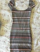 sukienka wzór pull&bear letnia XS obcisła mini