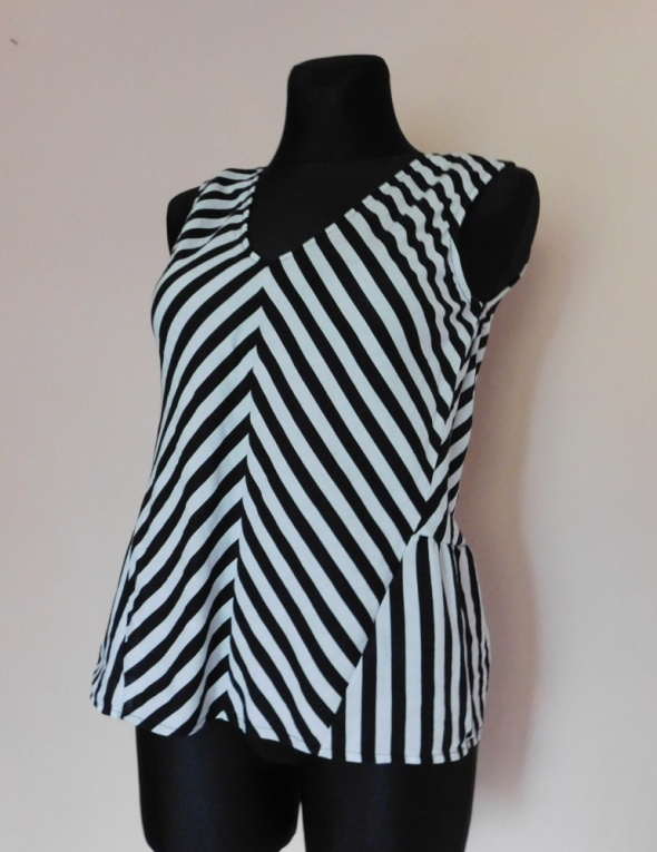 Bluzki Zara bluzka czarna biała len 38