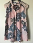 Różowa bluzeczka bez rękawów Next