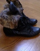 Buty z futerkiem czarne
