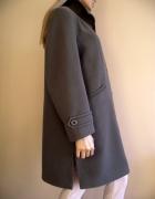 Piękny damski zielony płaszcz na zimę duży rozmiar 50