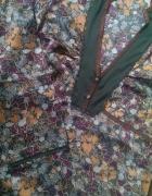 sukienka butelkowa zieleń w kwiaty z koronką...