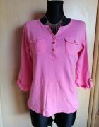 Różowa bluzeczka z guziczkami...