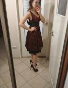 sukienka elegancka za kolano koronka s