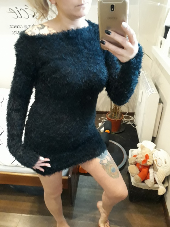 Włochaty sweterek uni...