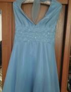 Sukienka wiązana na szyiwesele