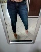 Spodnie dzinsowe Zara...