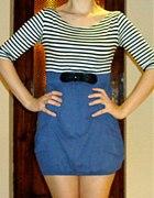 marynarska sukienka z kieszeniami...