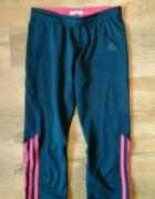 Leginsy Adidas sportowe na silownie do biegania paski logo...