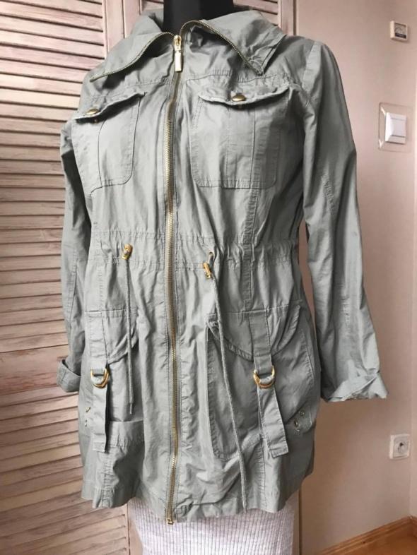 Odzież wierzchnia leciutka kurteczka kolor khaki