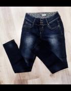 Spodnie Jeans...