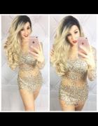 Sukienka nude z kryształkami...