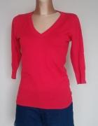 Czerwony sweter atmosphere...