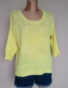 Żółty sweter Monnari...