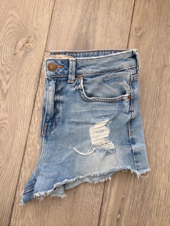 Jeansowe szorty Bershka podwyższony stan xs 34...