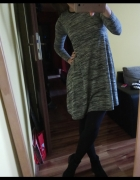 Szara sukienka trapezowa New Look XS...