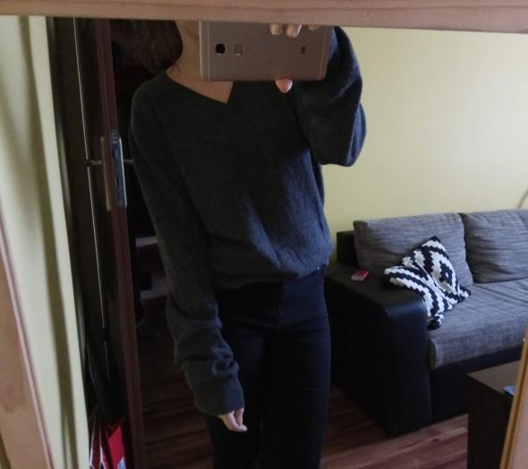 Szary sweter h&m wełna owcza ciepły M