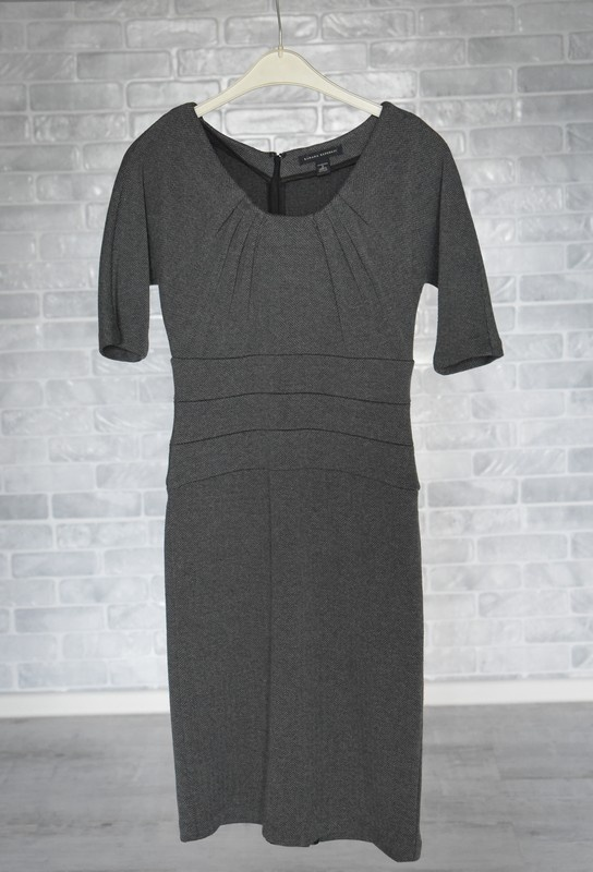 Piękna elegancka sukienka na jesień i zimę S...