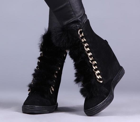 f64785a4bcad5 Bocci czarne sneakersy na koturnie łancuch i futerko skóra 37 casadei kazar