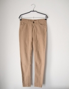 Spodnie rurki kremowe stradivarius S