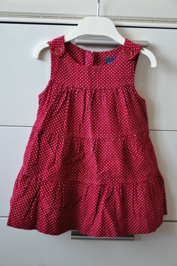 Burgundowa sztruksowa sukieneczka...