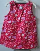Śliczna sukienka w serduszka...