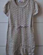 Swetrowa sukieneczka...