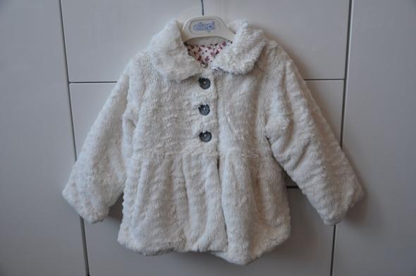 Śliczny kożuszek futerko dla małej damy